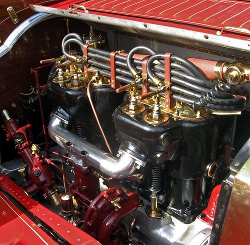 1910 Packard Model 30 engine