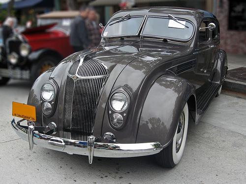1936 Chrysler Airflow Imperial C10 sedan front