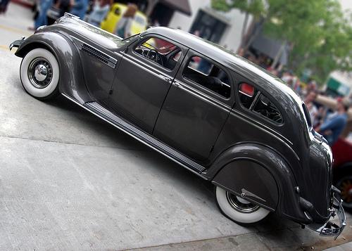 1936 Chrysler Airflow Imperial C10 sedan side