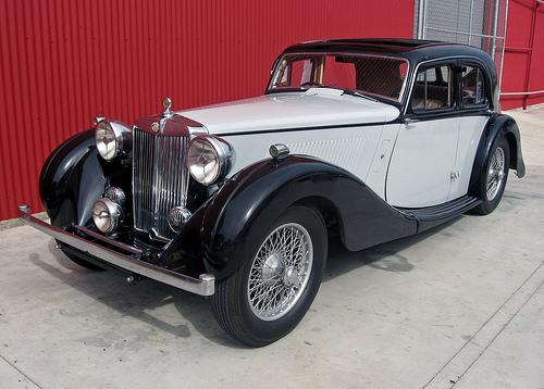 1938 MG 2-Litre SA front 3q