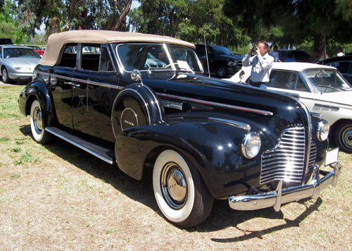 1940 Buick Century Sport Phaeton front 3q