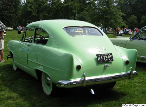 1951 Henry J two-door sedan rear 3q Ronnie Schreiber CarsinDepth 2011 per