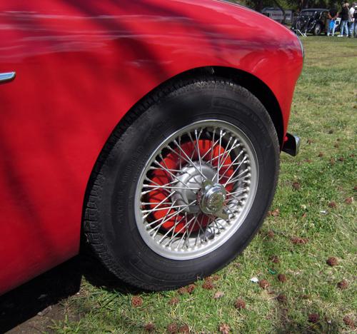 1953 Austin-Healey 100 wheel