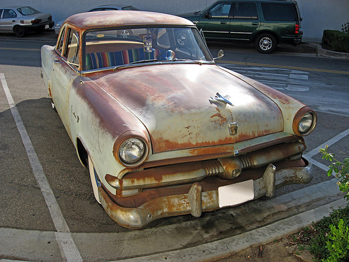 1953 Ford Mainline Tudor front 3q