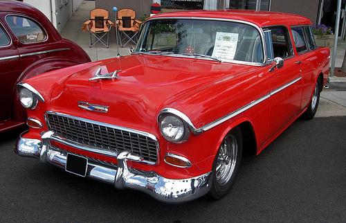 1955 Chevrolet Bel Air Nomad front 3q