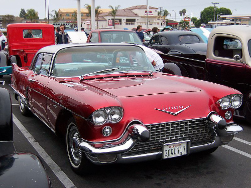 1957 Cadillac Eldorado Brougham front 3q © 2005 Matthew Brown aka Morven (CC BY-SA 3.0 Unported)