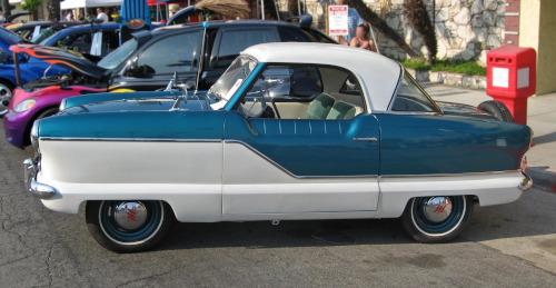 1957 Nash Metropolitan side