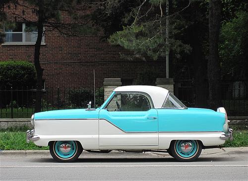 1960 Nash Metropolitan 2010 Chicago Geek CCBYSA30 Generic