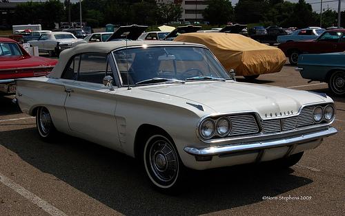 1962 Pontiac Tempest convertible front 3q