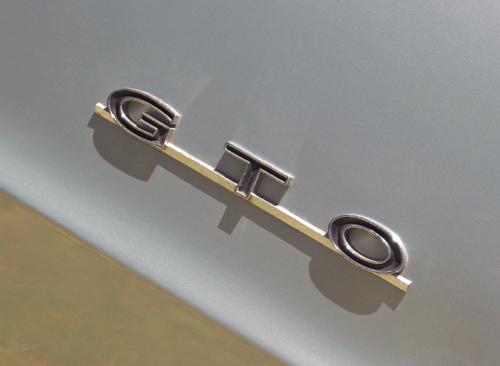 1964 Pontiac GTO lettering