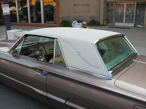1965 Ford Thunderbird Landau roof