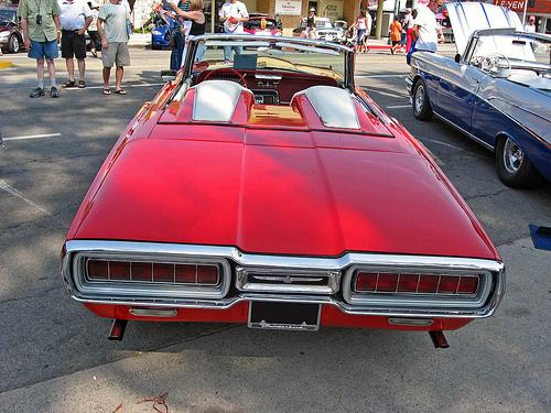 1965 Ford Thunderbird rear
