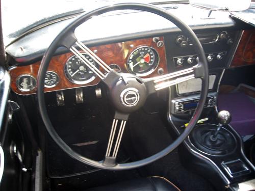 1966 Austin-Healey 3000 Mark III (BJ8) dashboard
