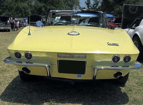 1967 Chevrolet Corvette convertible rear