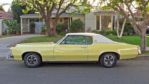 1969 Pontiac Grand Prix side