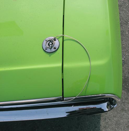 1970 Dodge Challenger R/T hood pin
