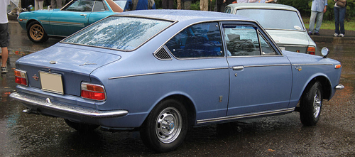 1970 Toyota Corolla Sprinter 1200 SL (KE17) rear3q © 2013 TTTNIS (PD CC0 1.0)