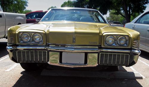 1971 Oldsmobile Toronado front