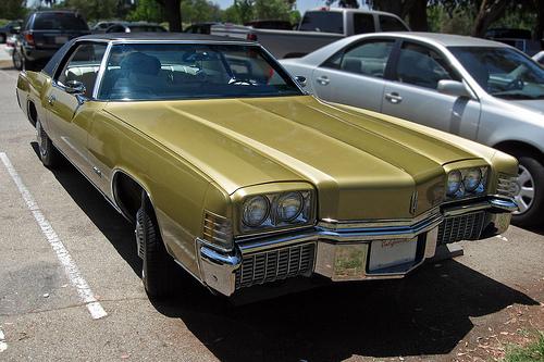 1971 Oldsmobile Toronado front 3q