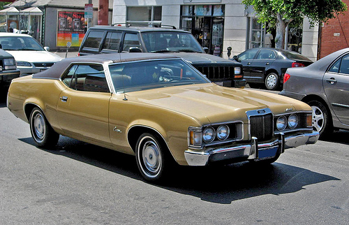 1973 Mercury Cougar front 3q