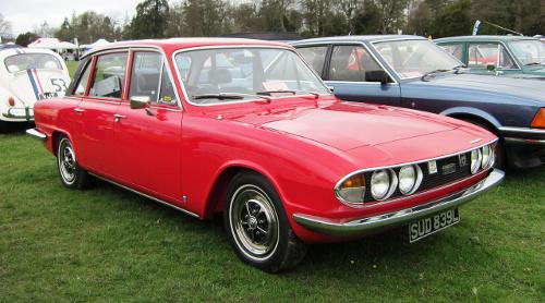 1973 Triumph 2.5 PI sedan front 3q © 2012 Charles01 (CC BY-SA 3.0 Unported)