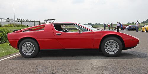 Maserati Merak side © 2008 Brian Snelson (CC BY 2.0 Generic)