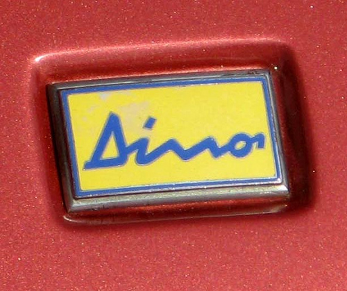 Ferrari Dino 308 GT4 Dino badge
