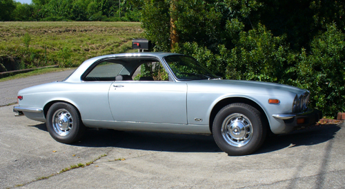1975 Jaguar XJ6C side © 2009 Antonio Tarascio (used with permission)