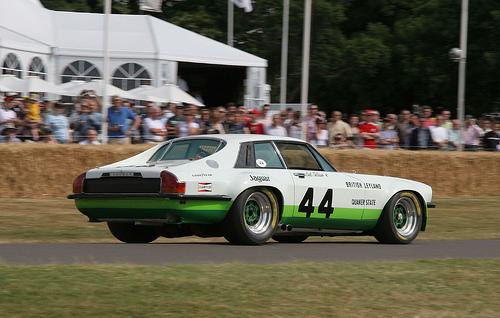 1977 Jaguar XJ-S Group 44 racer rear 3q © 2006 Brian Snelson (CC-SABY 2.0 Generic)