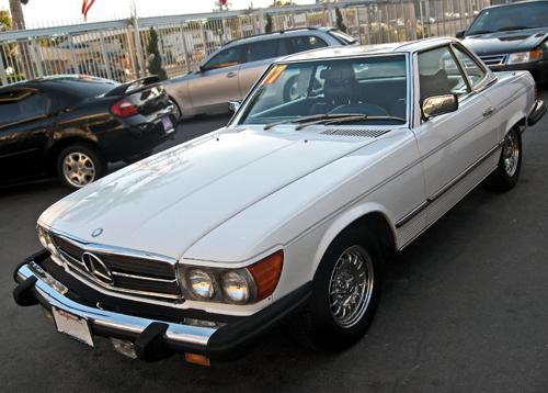 1977 Mercedes 450SL (R107) front3q.jpg