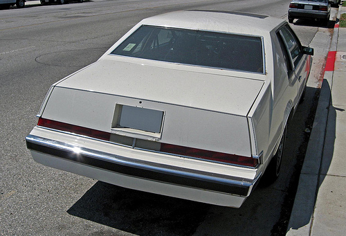 1981_Imperial_rear