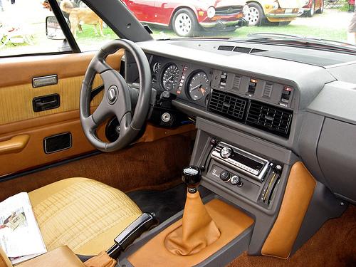 1981 Triumph TR7 convertible dash