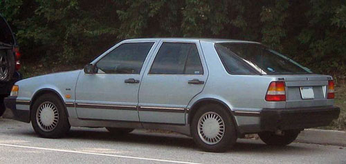 1987 Saab 9000 rear 3q © 2008 IFCAR
