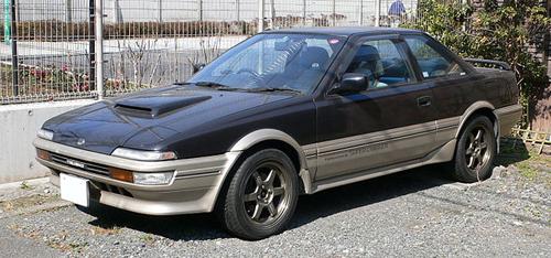 1987 Toyota Sprinter Trueno GT-Z (AE92) front 3q © 2008 Mytho88 (CC BY-SA 3.0 Unported)