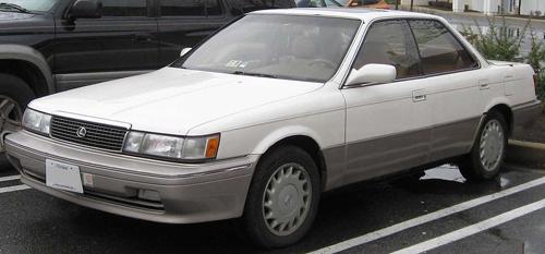 1990–91 Lexus ES250 front 3q © 2008 IFCAR (PD)