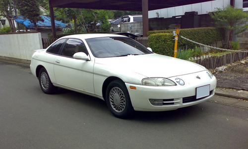 1996 Toyota Soarer 3.0GT (JZZ31) front 3q © 2007 Masayuki Kawagishi (CC BY 2.0 Generic - modified by Aaron Severson)